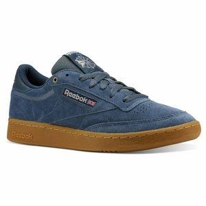 Reebok Classics Men's Blue Club C 85 MU Shoes